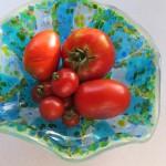 "Tomatoes in ""Blue & Green Serendipity"" starfire drape bowl"