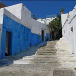Blue and white-washed riad walls